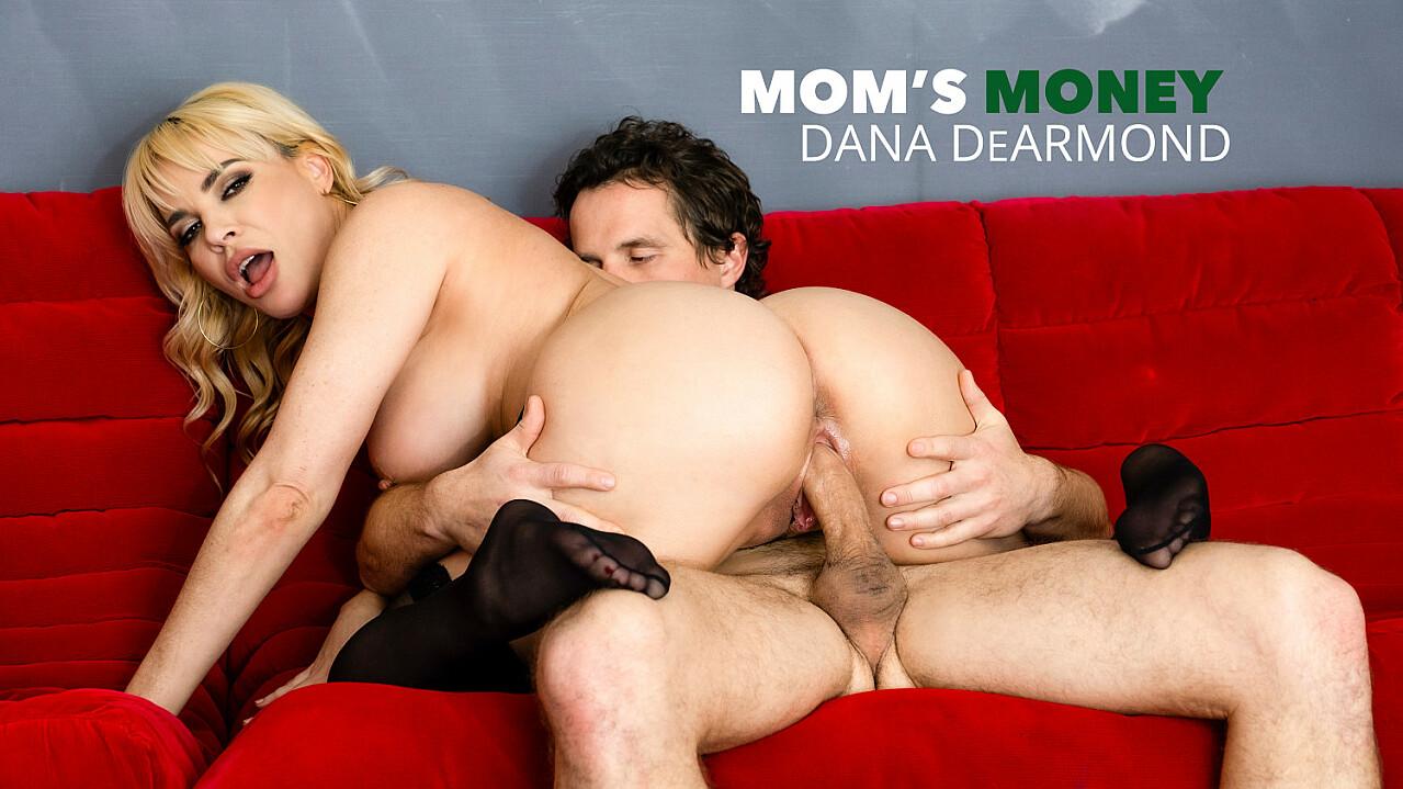 Dana DeArmond will satisfy Robby's Mommy issues - Mom's Money